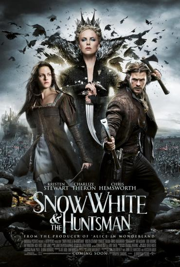 snow-white-huntsman-still03